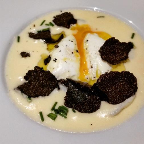 restaurant oliva italien traditionnel paris 08  oeuf poché crème parmesan truffe