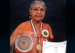 Sarojini Agarwal honoured with Neerja Bhanot Award
