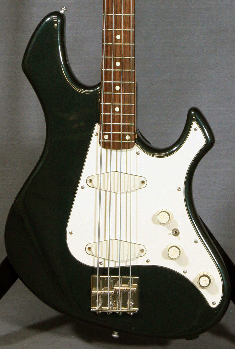 Fender Performer Bass  Ed Roman Guitars