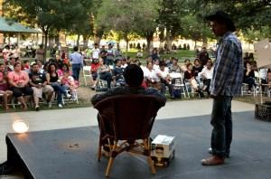 La obra se presentó en un parque de Madera, California (Foto: Eduardo Stanley)