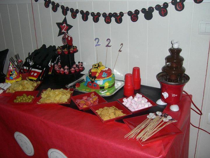 tarda y decoración de cumpleaños - temática mickey mouse
