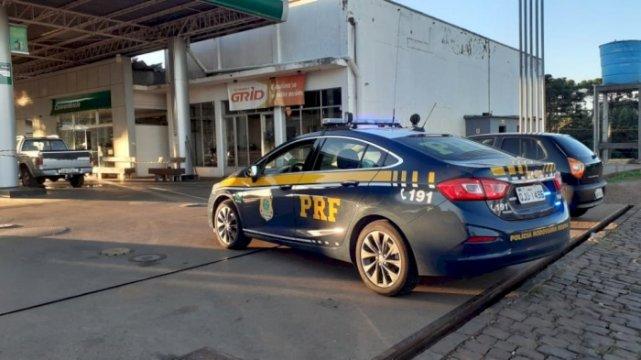 Criminoso é morto durante assalto a posto de combustível em SC