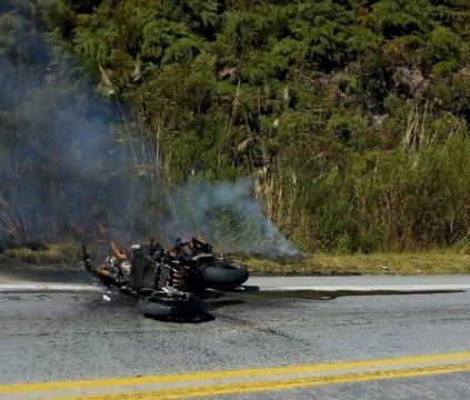 Motociclista morre após colisão frontal na BR-282, em Alfredo Wagner