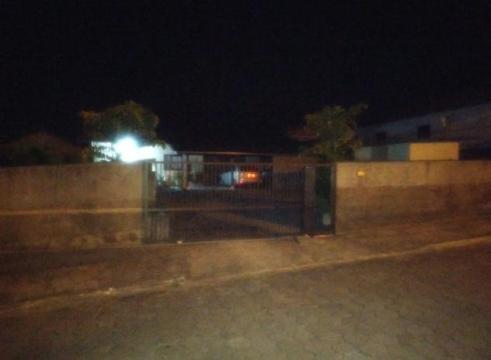 Residência é atingida por tiros em Apiúna