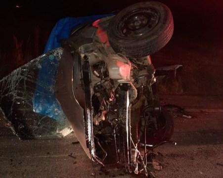 Jovem de 20 anos morre e homem fica ferido em acidente de trânsito em SC
