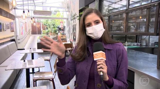 A jornalista Juliana Munaro se despede no ar (Foto: Reprodução/TV Globo)