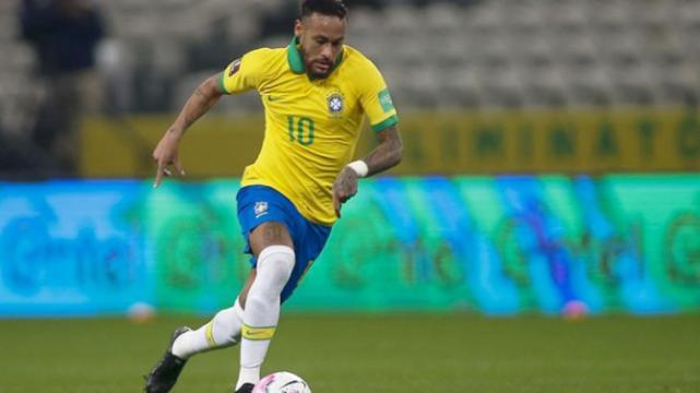 Neymar entra em campo nesta terça após seleção golear a Bolívia por 5 x 0