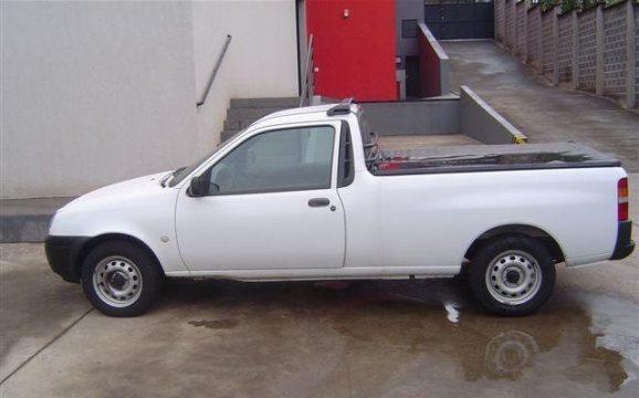Carro furtado é semelhante ao da foto Imagem ilustrativa)