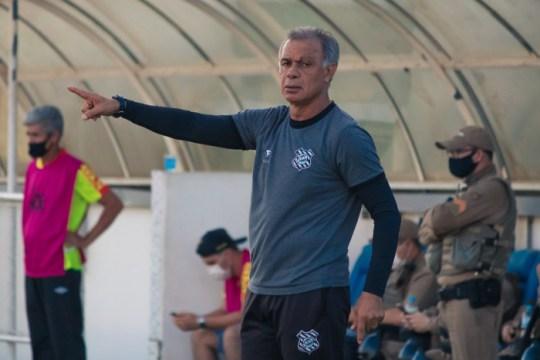 Jorginho comenta remontagem de elenco do Figueirense (Foto: Patrick Floriani / FFC)