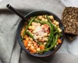 5 receitas de sopas para manter a alimentação saudável com a chegada do inverno