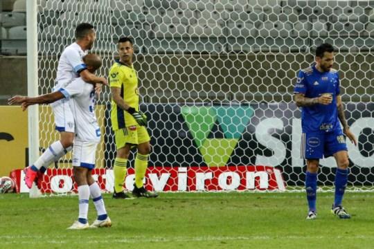Avaí venceu o Cruzeiro por 3 a 0 (Foto: Fernando Moreno / AGIF)