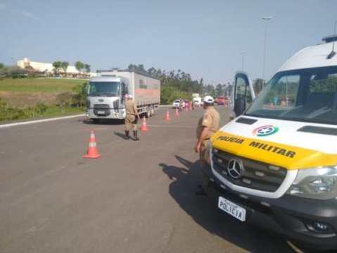 PMRv realiza mais uma etapa de fiscalização de trânsito nas rodovias do Vale do Itajaí