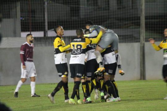 Em partida com expulsão, Criciúma vence o Juventus na Copa SC