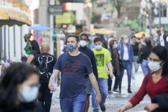 Ministro da saúde avalia desobrigar uso de máscara (Foto: Leo Munhoz / ND)