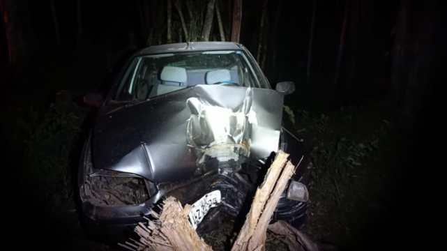 Carro de Pouso Redondo se envolve em acidente na BR-470