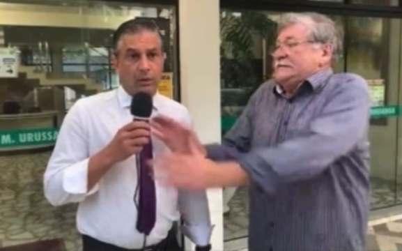 Sergio Costa se incomoda quando vereador erra o nome do jornal dele (Foto: Redes Sociais / Reprodução)