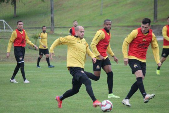 O atacante Silvinho chegou no meio da Série C e é titular absoluto do Criciúma (Foto: Celso da Luz / Criciúma EC)