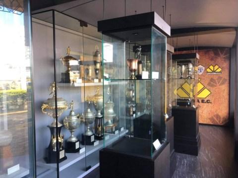 Fotos: Criciúma inaugura sala de troféus e homenageia ex-dirigente