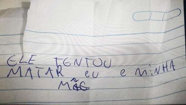 """Jovem entrega bilhete à polícia para denunciar pai em SC: """"Ele tentou matar eu e minha mãe"""""""