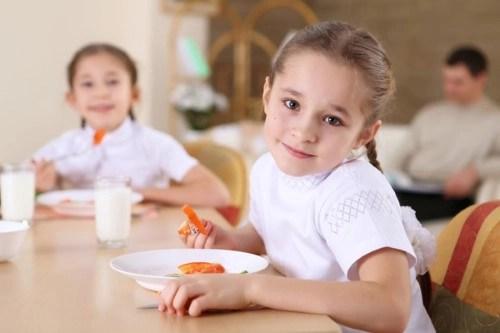 hábitos de alimentación infantil