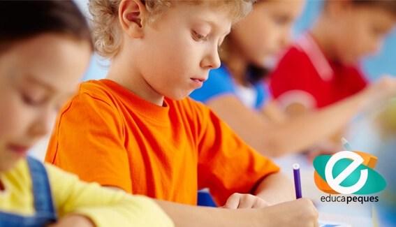 Captar la atención de los niños, independientemente de su edad, suele ser un desafío para padres y docentes