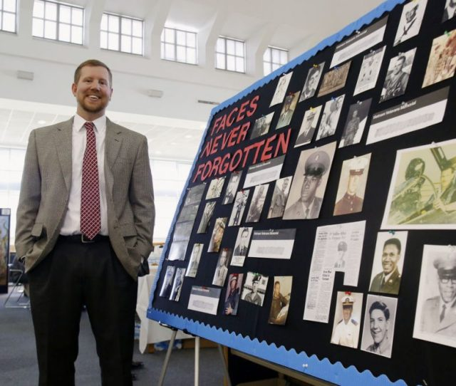 Three Time Coe Grad Blake Busbin Named History Teacher Of The Year Leads Oral History Projects