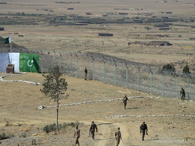 Terrorists fire on Pak-Afghan border in Balochistan, 4 personnel martyred