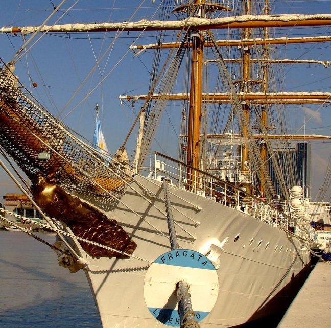 Fragata La Libertad puerto de Buenos Aires, Argentina