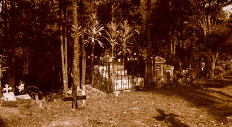 Sombras cementerio de Perkin, Departamento de Morazán, El Salvador