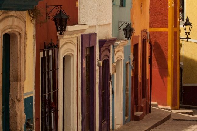 La subida al callejón Guanajuato, Guanajuato, México
