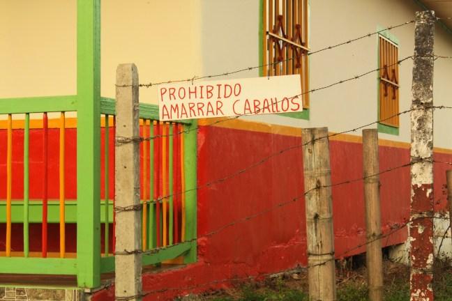 El poste Pueblo Bonitos, Caldas, Colombia