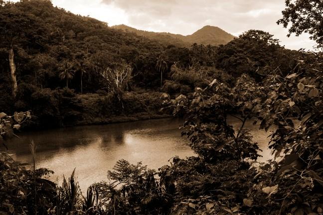 La ribera del río Río Palomino, La Guajira, Colombia