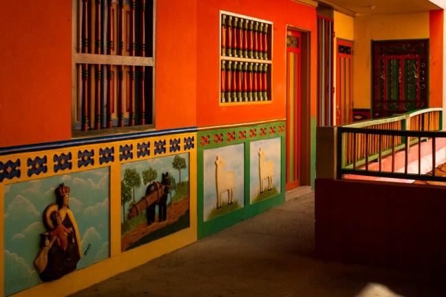 Los colores de la tierra Guatapé, Antioquia, Colombia
