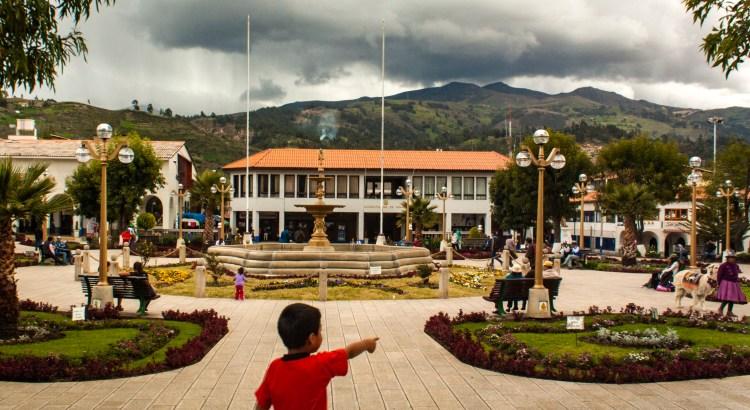 Plaza de Armas Huaraz, Ancash, Perú