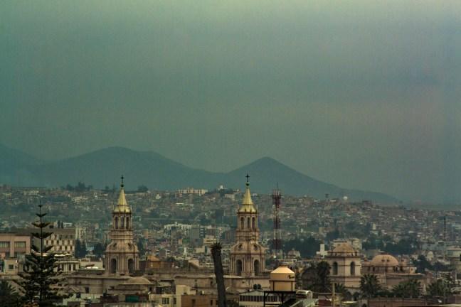 Vista urbana ciudad de Arequipa, Arequipa, Perú