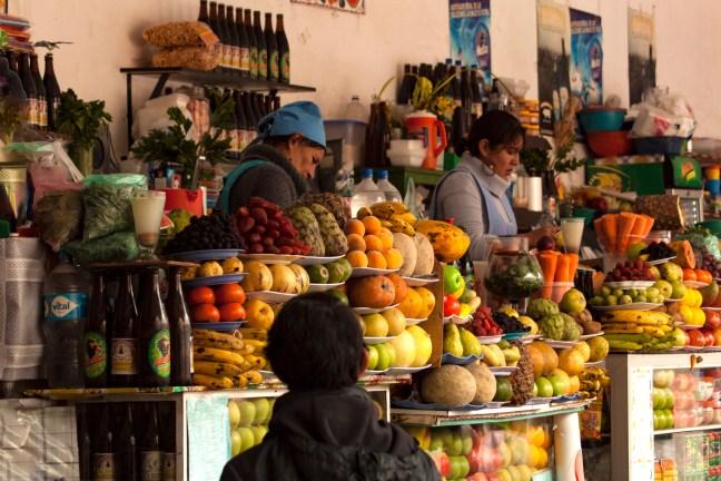 Día en el mercado ciudad de Sucre, Chuquisaca, Bolivia