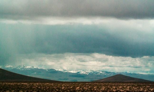 Paisaje de la puna Carretera de Arequipa a Puno, Perú