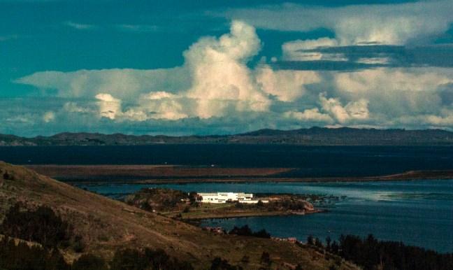 Entrada a Puno Lago Titicaca, Puno, Perú