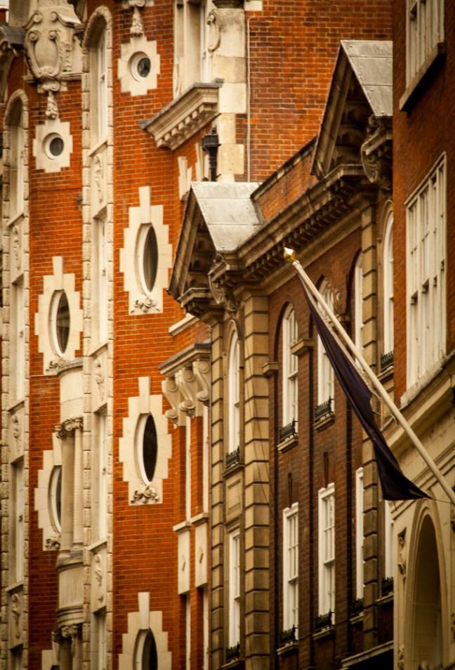Las fachadas ciudad de Londres, UK
