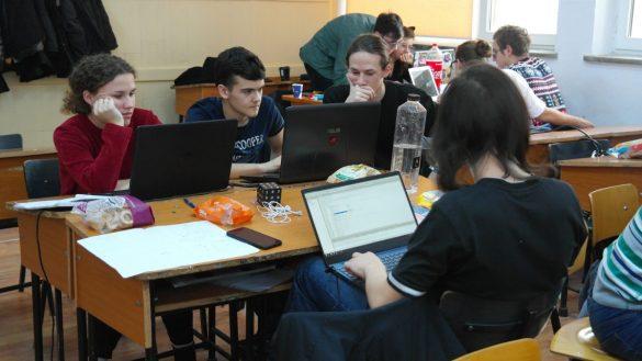 FOTO: programarecurabdare.ro
