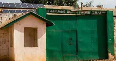 Een Gambiaanse gevangenis waar je 100 procent controle over je rectum verliest. http://www.edvervanzijnbed.nl/