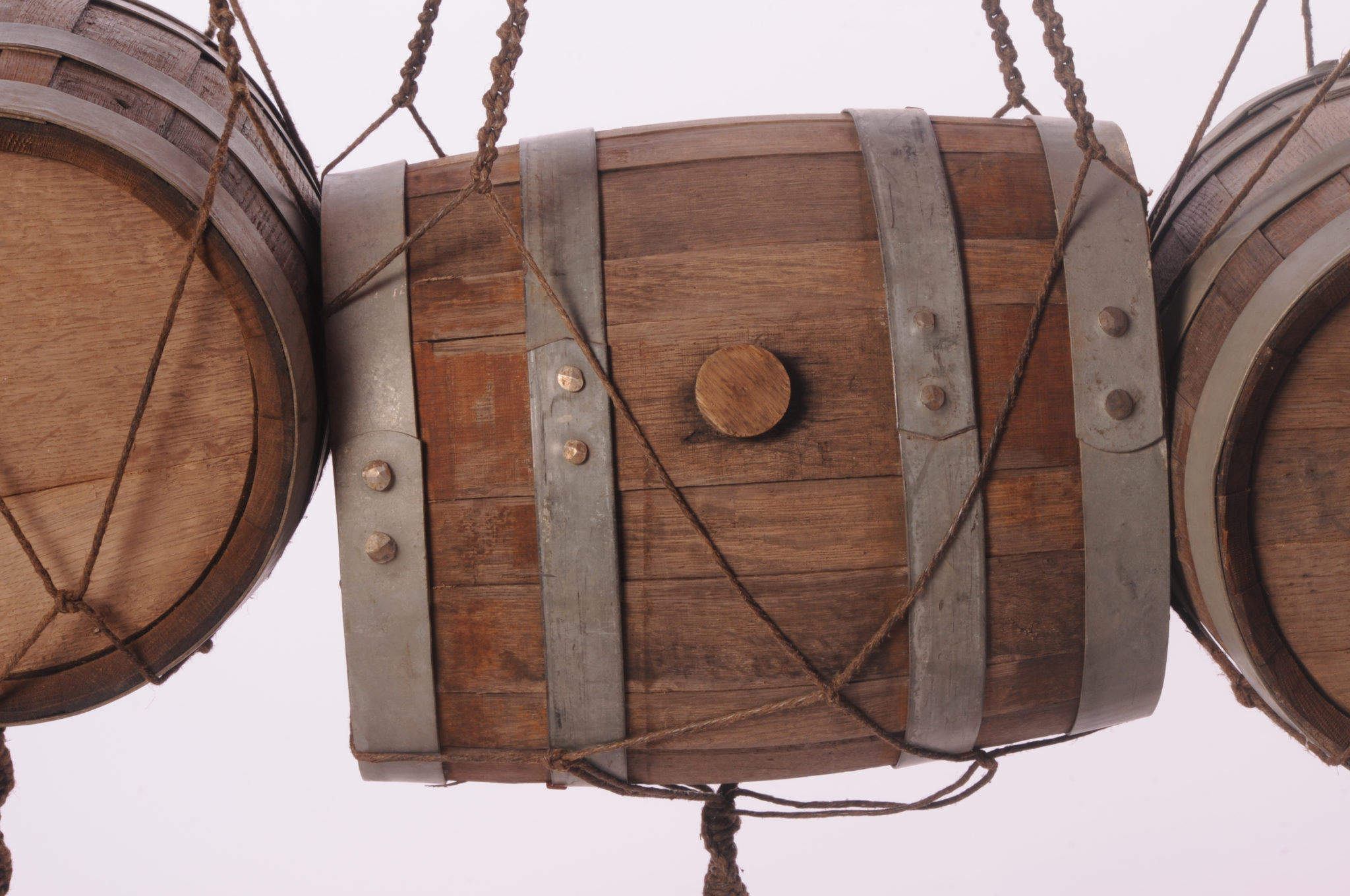 To the Four Corners of the Earth - 360 x 130 x 43 - 200 metres of hand knotted tarred marlin rope, four oak pin barrels - 2013 - CU4