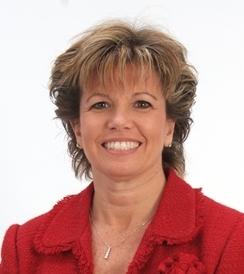 Denise Mills Bio Photo