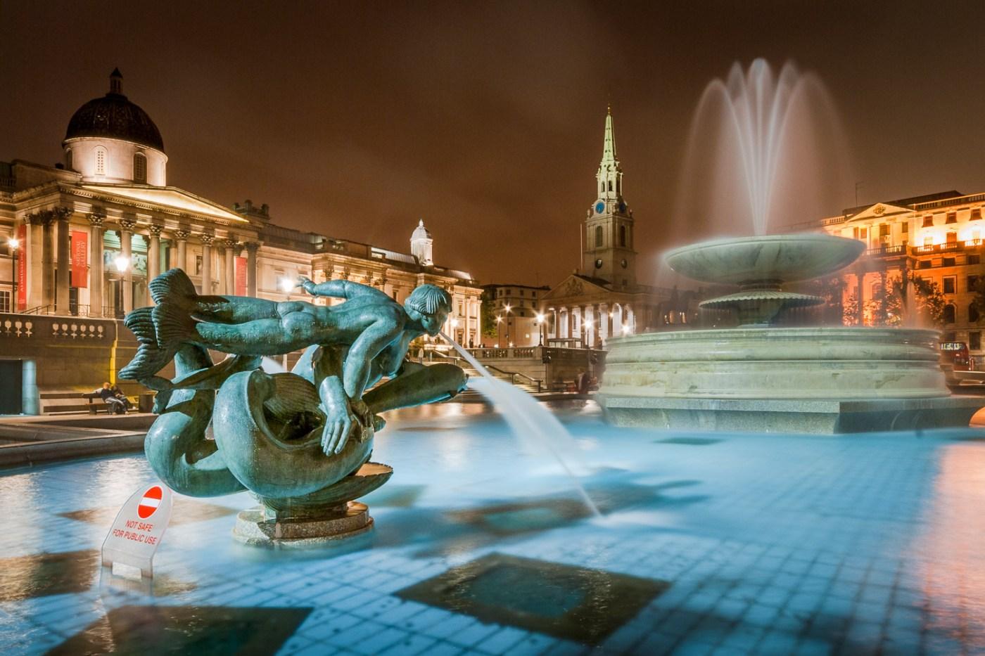 Trafalgar Square Fountains at Night