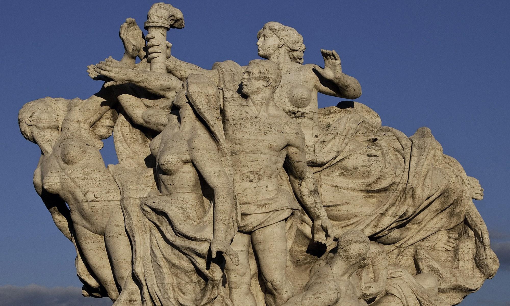 Statue on Ponte Vittorio Emanuele Bridge