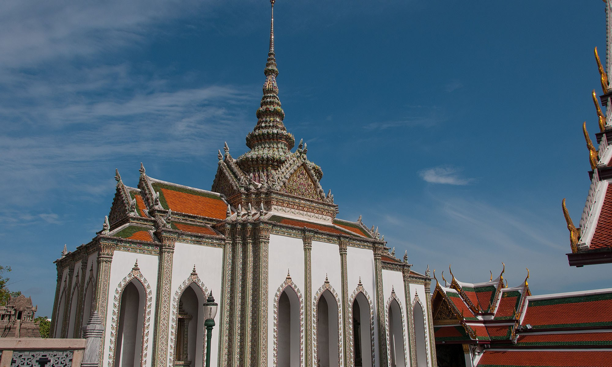Phra Sawetkudakarn Viharn Yod