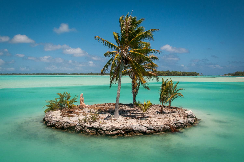 Tiny Island in Bora Bora