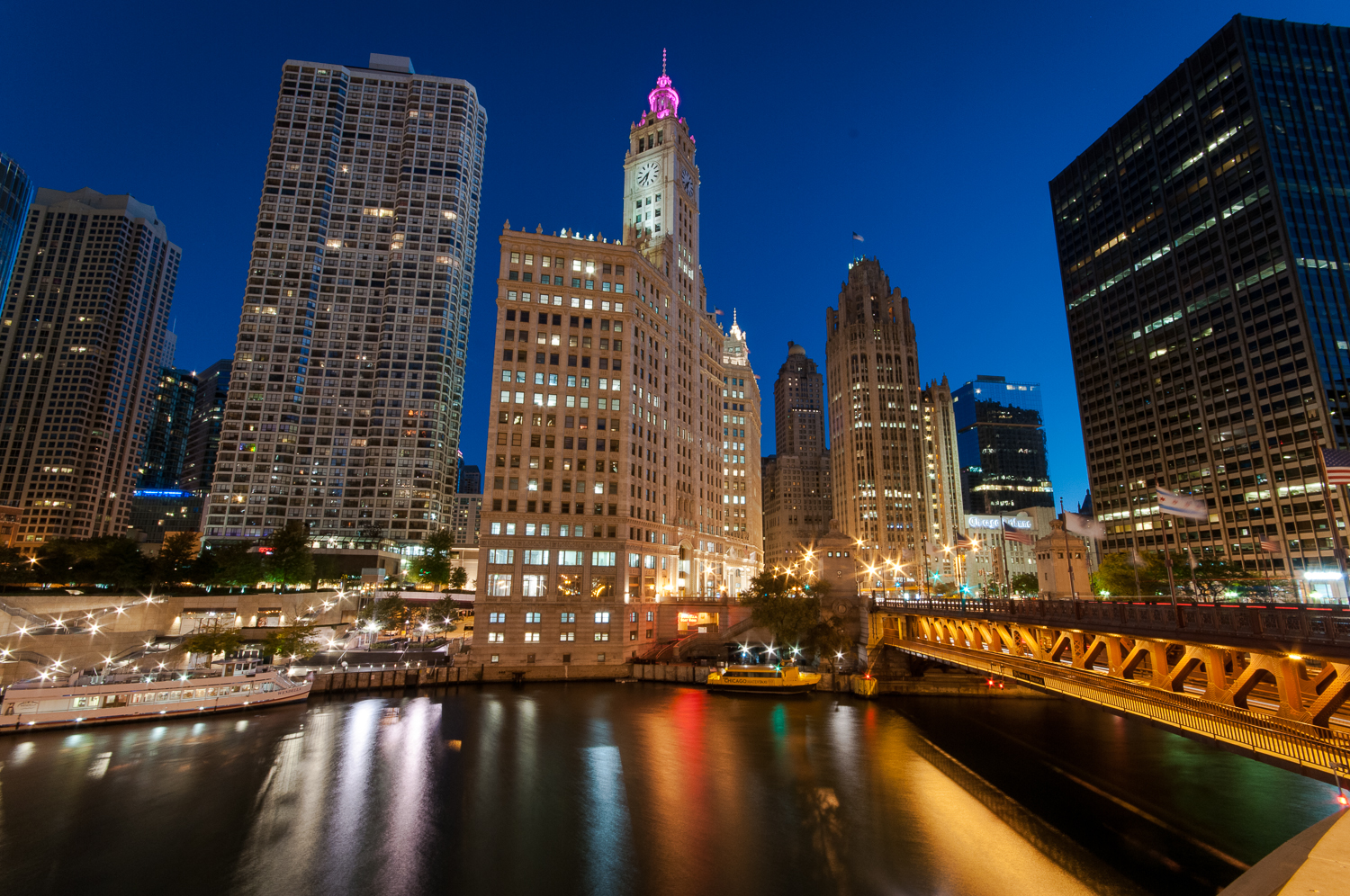 Michigan Avenue Bridge and Chicago River