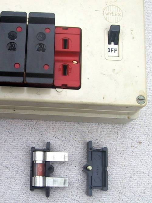 small resolution of how to change wylex fuse box