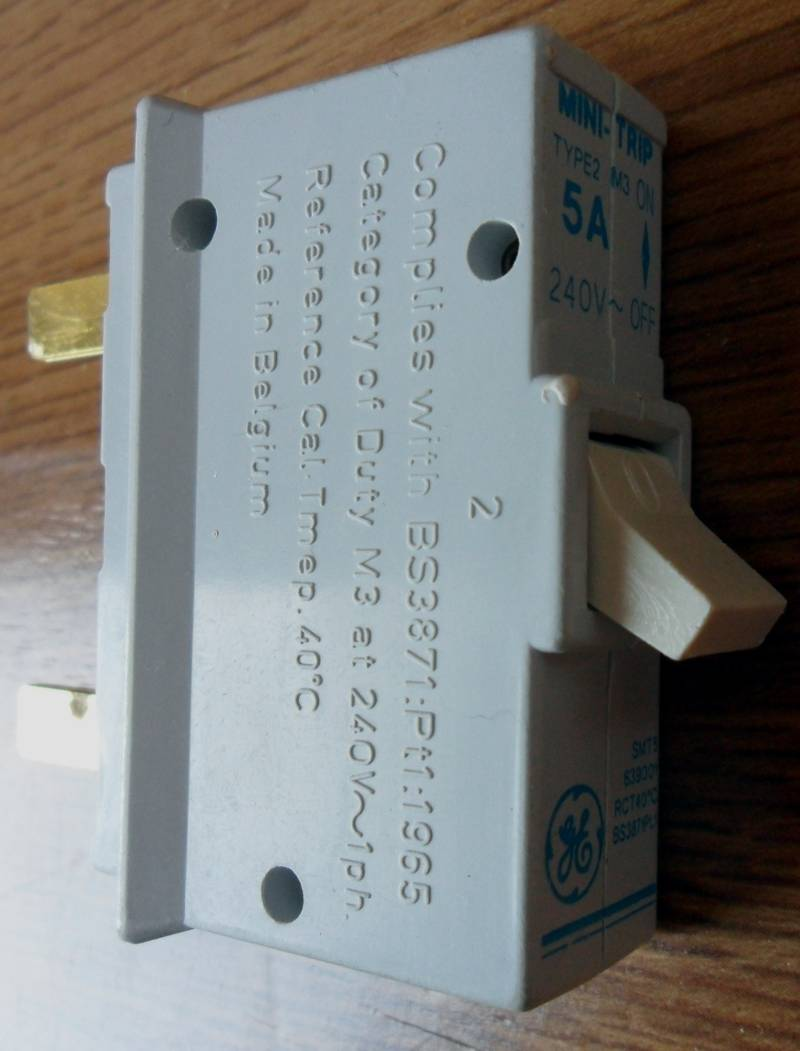 medium resolution of bs3871 circuit breaker